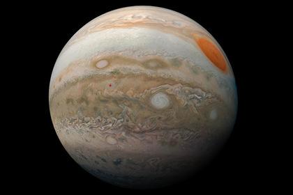 Юпитер поглотил крупную планету