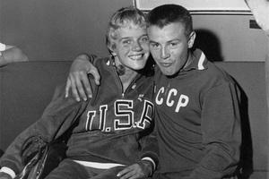 Американская гимнастка Дорис Фукс и советский боксер Борис Никоноров