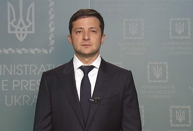 Владимир Зеленский предлагает Владимиру Путину встретиться в Минске (видеобращение на Facebook)
