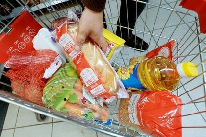 Россияне перешли с картошки на фрукты и ягоды