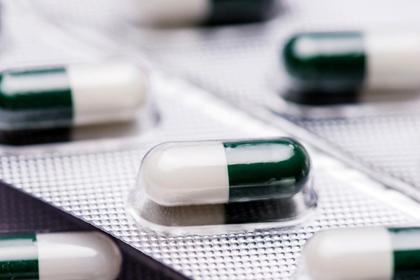 Россиянам посоветовали не «пичкать» детей лекарствами из-за температуры