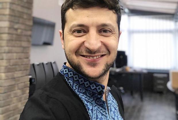 Владимир Зеленский поздравил украинцев с «Днем вышиванки»