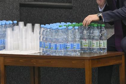 Россиянам захотели навязать корпоративы без алкоголя