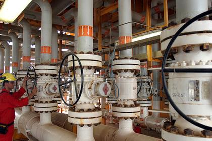 Стало известно об отказе Китая от венесуэльской нефти из-за санкций