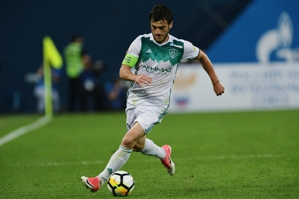Капитан «Ахмата» получил удаление на 7-й минуте матча с «Зенитом»