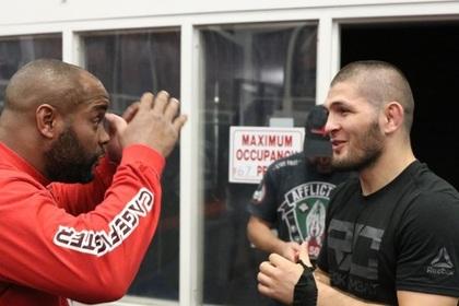Нурмагомедов пожелал чемпиону UFC скорого завершения карьеры