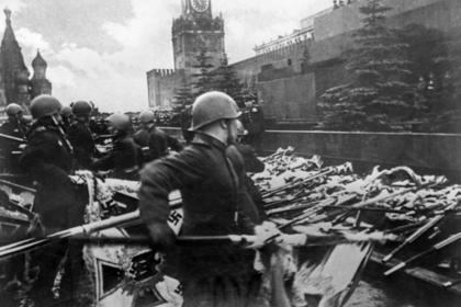 Британцы и американцы переоценили вклад своих стран в победу над Гитлером