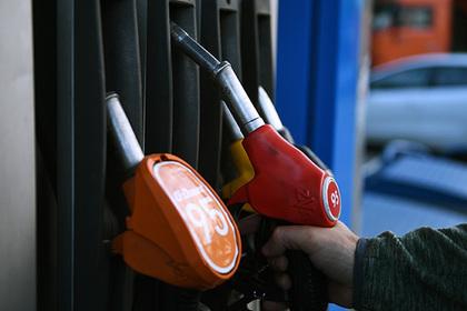 Выявлены регионы с самым доступным бензином