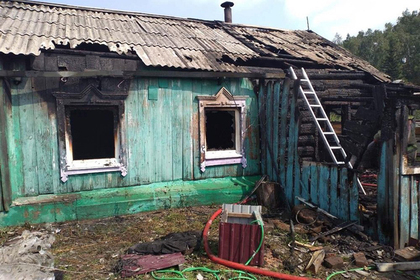 Пьяная россиянка и трое детей погибли при пожаре в жилом доме