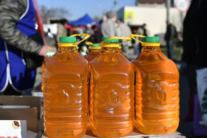 Число отравившихся домашним подсолнечным маслом увеличилось вдвое