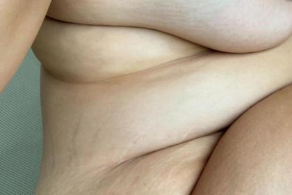 Тучная модель показала обнаженное тело и обрадовала фанатов