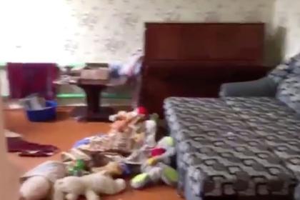 Власти рассказали о матери зарубившего семью российского подростка