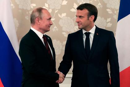Макрон поспорил с Путиным об акциях протеста во Франции и России