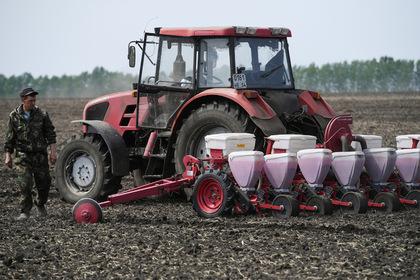 Уральским фермерам помогут рублем