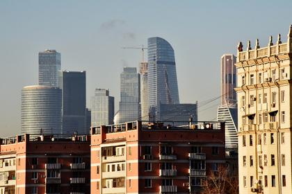 Напуганные кризисом москвичи устроили бум на рынке жилья