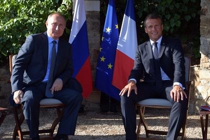 Стали известны подробности встречи Путина и Макрона