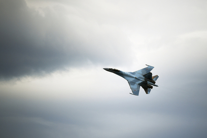Российские Су-35 прогнали турецкие F-16 из Сирии