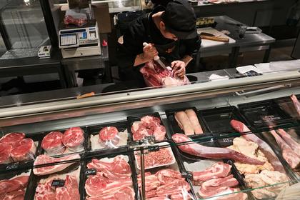 Ценам на свинину предсказали резкое падение