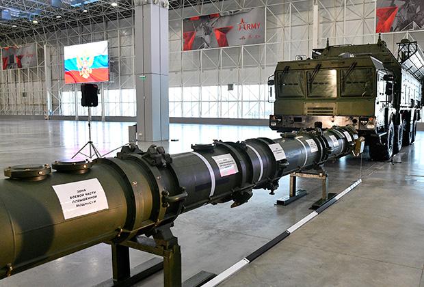 Демонстрация комплекса «Искандер-М» с крылатой ракетой 9М729