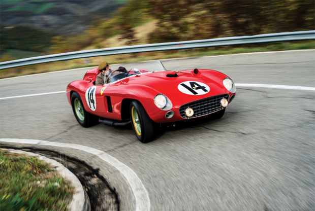 Эта модель была специально разработана Ferrari для гонки Милле Милья 1956 года. Благодаря мотору V12 3.5 мощностью 325 лошадиных сил машина со своей задачей справилась и победила в гонке. Однако с аукциона за огромную сумму 10 декабря 2015 года ушел экземпляр, ставший лишь шестым. И все благодаря тому, что ей управлял Хуан Мануэль Фанхио.