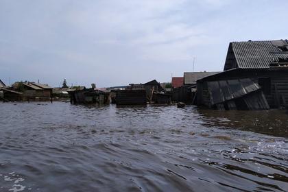 Россияне бросили парализованную мать в доме во время наводнения