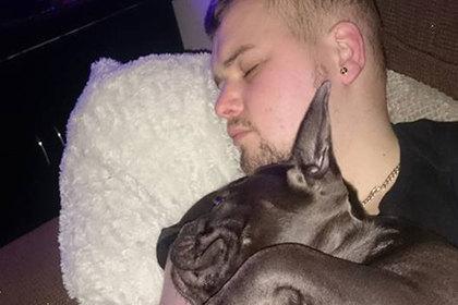 Преданный пес умер через пятнадцать минут после смерти хозяина