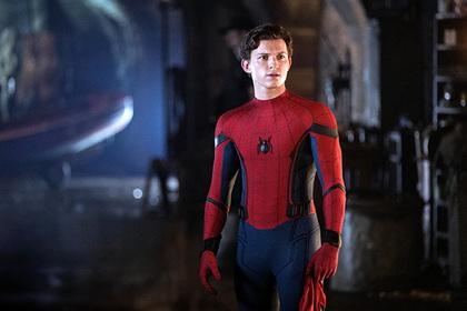 Расстроенные фанаты ответили мемами на исчезновение Человека-паука из Marvel