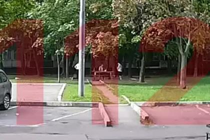 Сожжение человека в московском дворе попало на видео