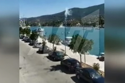 Появилось видео крушения вертолета с россиянами в Греции