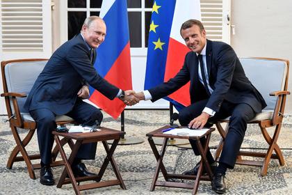 На Украине встречу Путина и Макрона назвали «похоронами санкций»