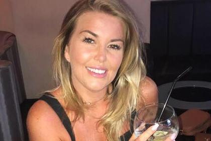 Перебравшая с алкоголем женщина в беспамятстве улетела на Ибицу