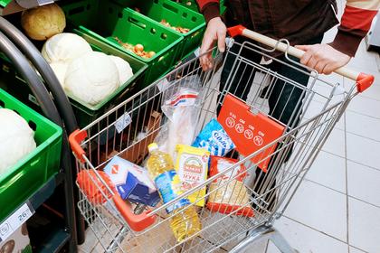 Россияне стали чаще покупать еду в кредит