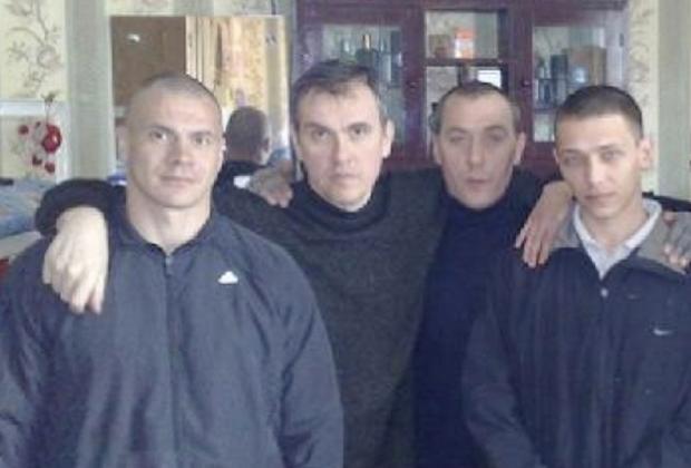Евгений Антипов (Антип Новосибирский, слева) и Олег Мухаметшин (Муха Люберецкий, в центре)