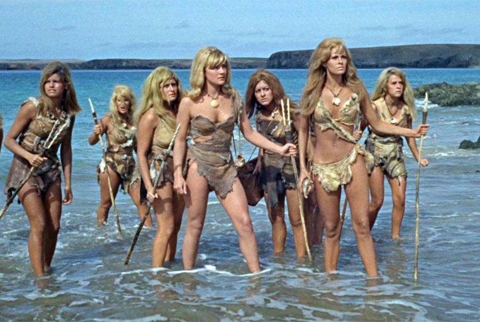 Фильм «Миллион лет до нашей эры» привлекал зрителей не только механическими динозаврами, но и дамами в мохнатых бикини