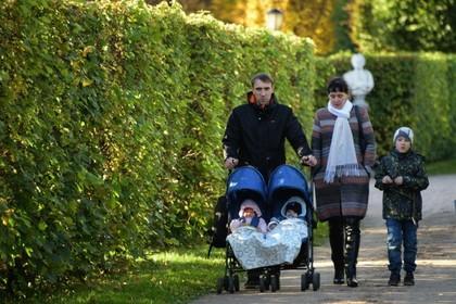 Российские многодетные семьи оценили свое финансовое положение