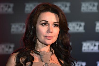 Агент пропавшей со сцены Заворотнюк ответил на слухи о раке у актрисы