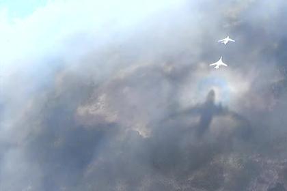 Ракетоносец Ту-160 показали в деле в Сирии