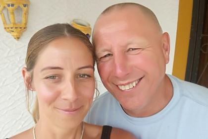 Пара купила билеты через соцсеть и лишилась перелетов на всю жизнь