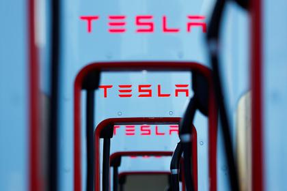 Tesla созналась в халатности