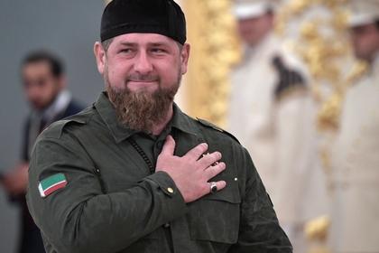 Кадыров попросил маленькую мечеть в честь себя