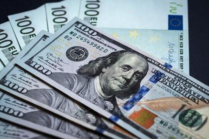 Пьяный россиянин раздал стриптизершам 80 тысяч евро и пожаловался на кражу