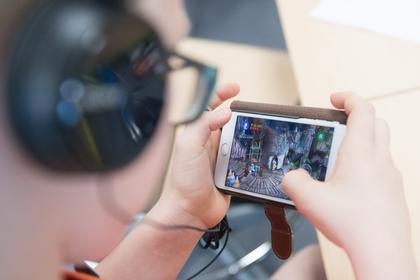 Названы способы снизить вред от смартфонов
