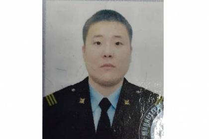 Сбежавший с оружием российский полицейский найден мертвым
