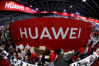 Россия поможет Huawei закупкой 360 тысяч планшетов