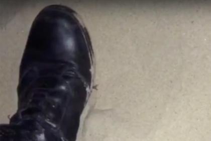 Появилось видео предполагаемого контакта полицейских с 17-летней в Анапе