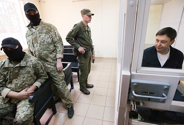 Руководитель портала РИА Новости— Украина Кирилл Вышинский во время рассмотрения апелляции на арест в Херсонском зале суда, 1 июня 2018 года