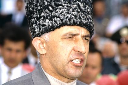 Раскрыта причина отсутствия Масхадова на переговорах с боевиками в Беслане