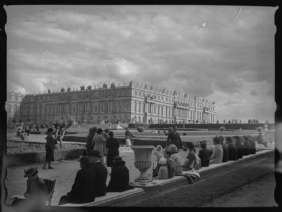 Версаль, дворцовый сад. Франция, 1939 год