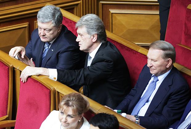 Бывшие президенты Украины Петр Порошенко, Виктор Ющенко и Леонид Кучма (слева направо) на открытии заседания девятого созыва Верховной Рады