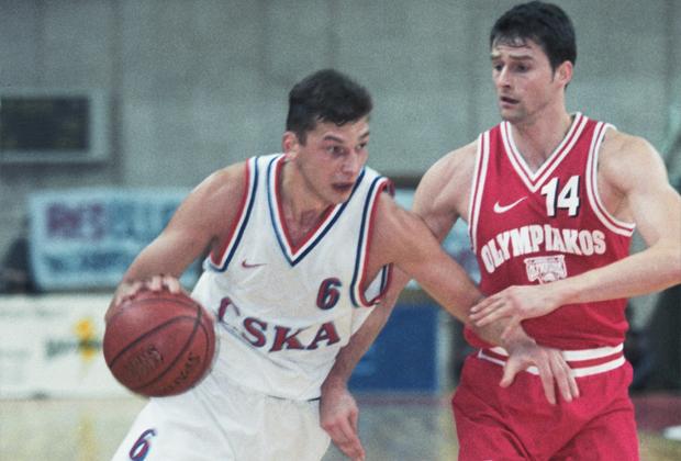 Сергей Панов (слева)